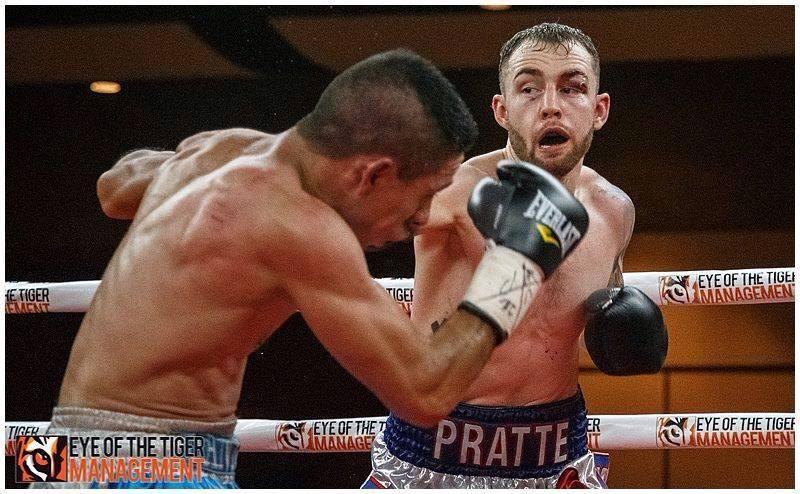 François Pratte, lors de son second combat professionnel dimanche 21 février à Gatineau contre Santos Lira. Photo: Eye of the Tiger Management