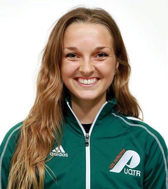 Cassandra Goudreault, milieu de terrain de l'équipe de soccer de l'UQTR, a été élue Patriote de la semaine suite à ses performances lors du dernier match des Pats. Photo: Patriotes