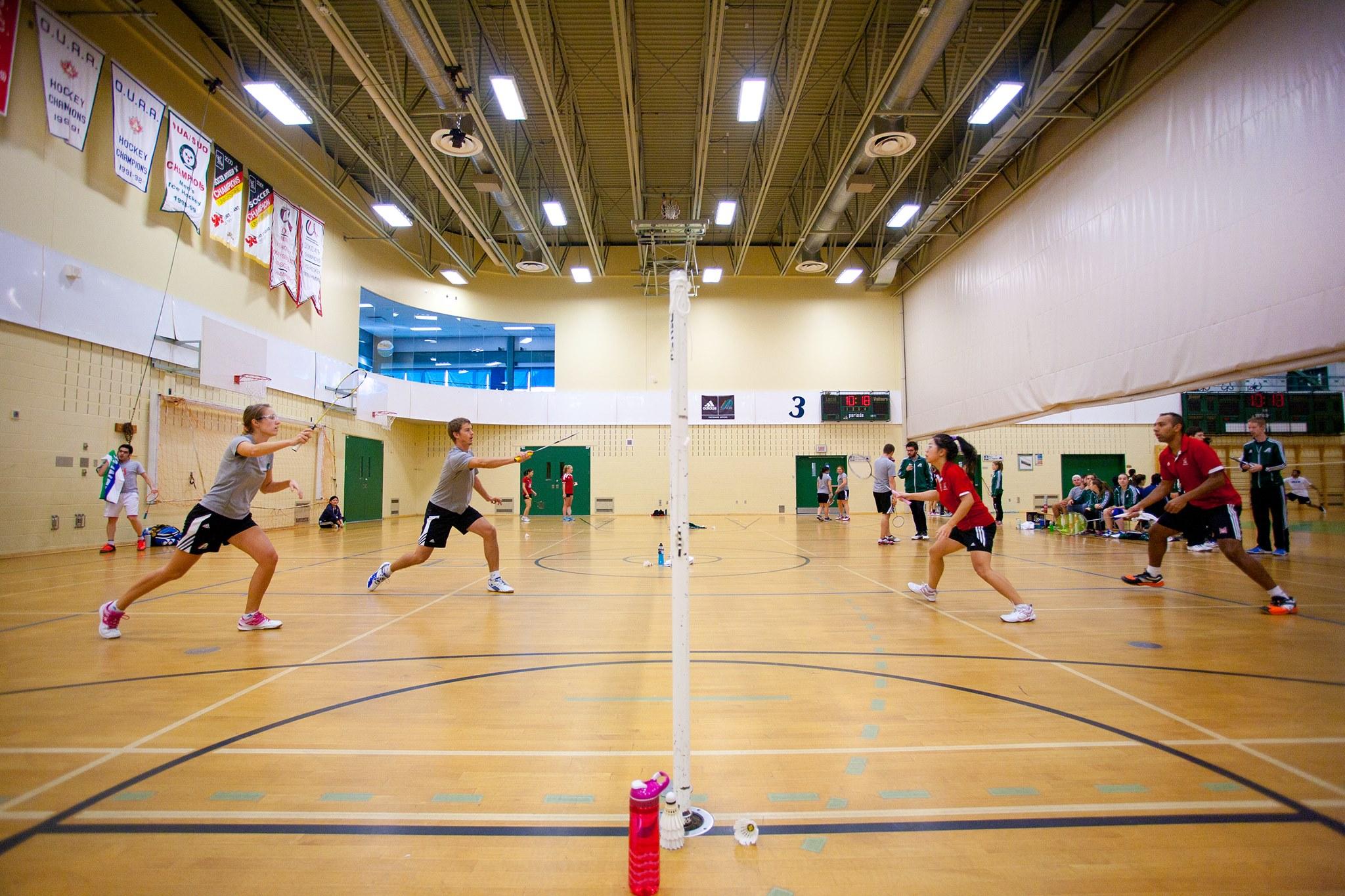 La saison de l'équipe de badminton ne produit pas les résultats escomptés. Par contre, ils auront d'autres matchs pour se reprendre. Photo: Patriotes