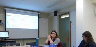 Josiane Leclerc présentait son sujet de recherche dans le cadre des conférences «Place à la relève» du CEIDEF. Photo: Marie Labrousse.