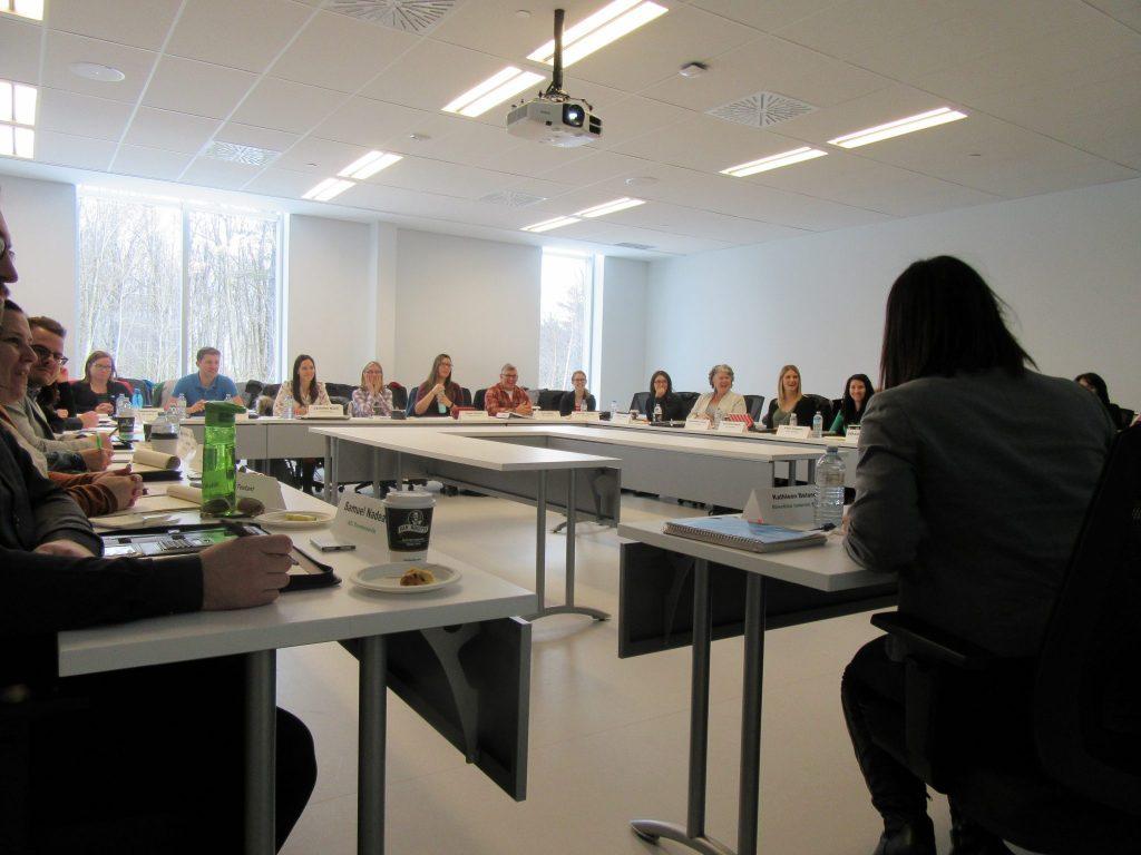 Rencontre d'un Conseil des présidents élargi le 14 janvier dernier avec les exécutifs des associations locales de l'AGEHC. Photo: AGEHC