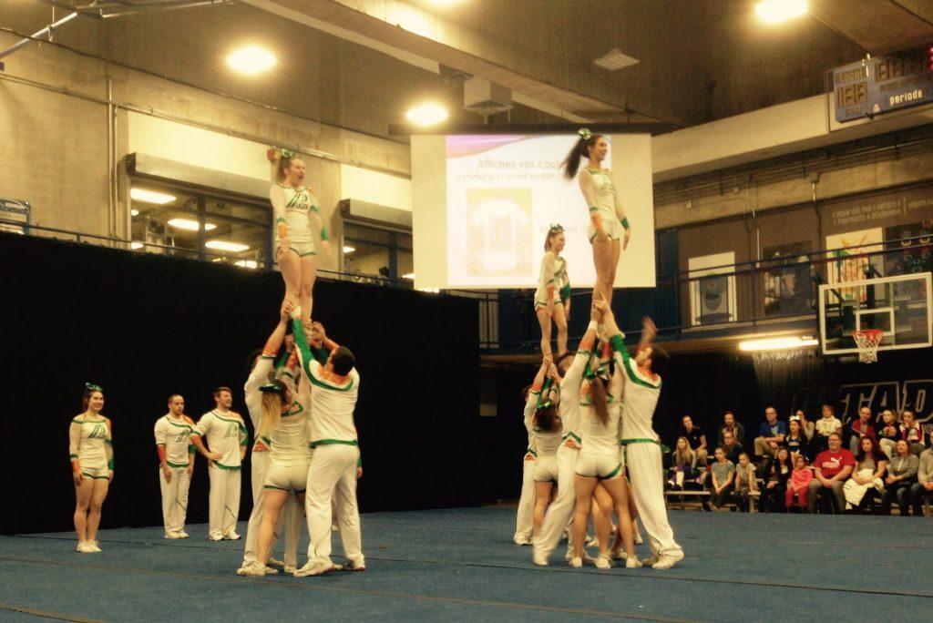 L'un des plus grands défis pour un(e) cheerleader est d'accepter qu'il s'agit d'un sport d'équipe et qu'on ne contrôle pas la performance des autres. Photo: Caroline Filion