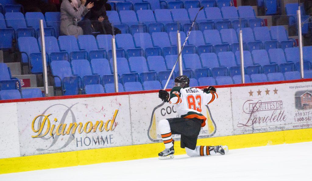 Guillaume Asselin, auteur de 58 buts et 67 passes pour un total de 125 points en 80 rencontres, a un contrat avec les Ice-Caps de St John, club-école des Canadiens de Montréal. Photo: Patriotes