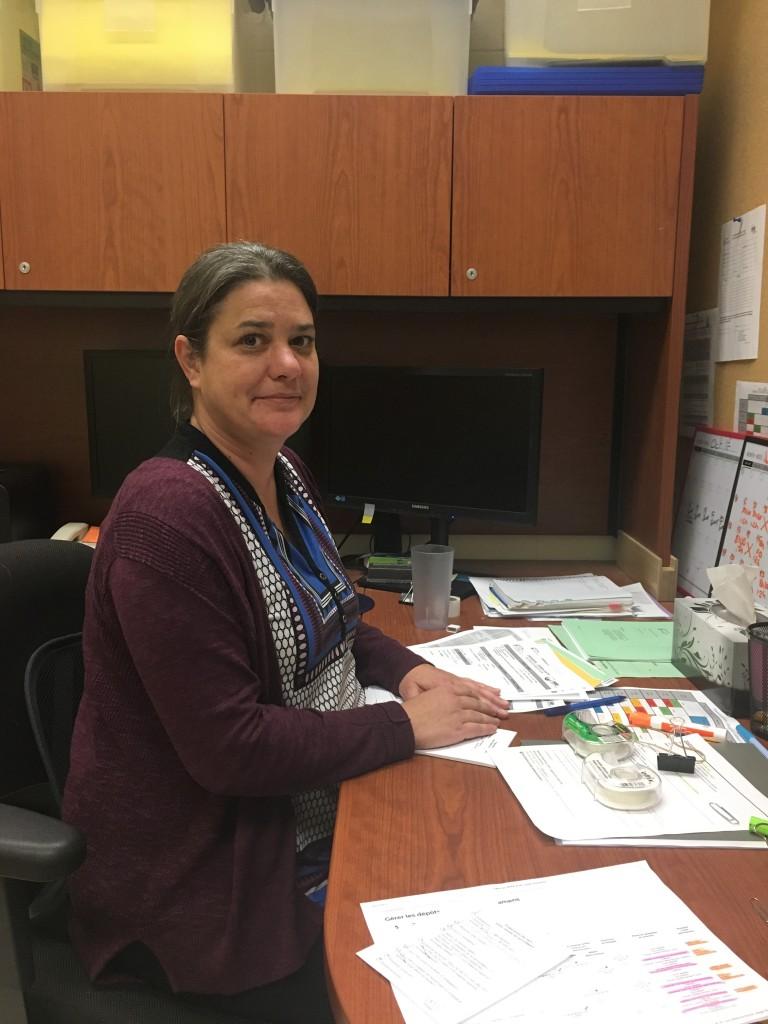 Josée Lemay, conseillère au soutien des étudiants.es en situation de handicap aux SAE. Photo: Caroline Filion