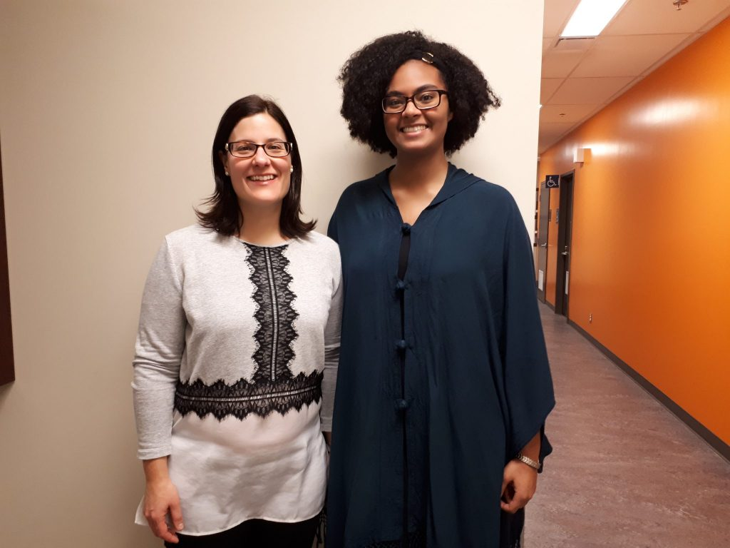 Anne-Marie Leclerc et Soukeyna Desbiens, du Cercle de partage autochtone. Photo: Chloé Rousseau