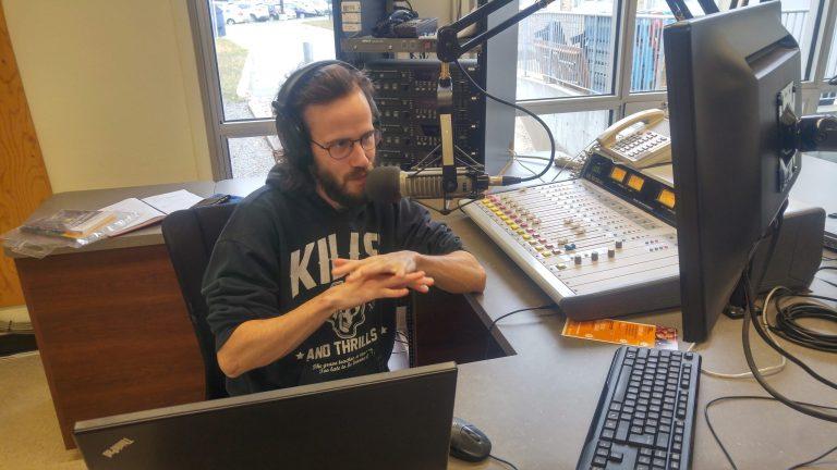 Radio universitaire CFOU: «Debout les hiboux!», la nouvelle émission du matin