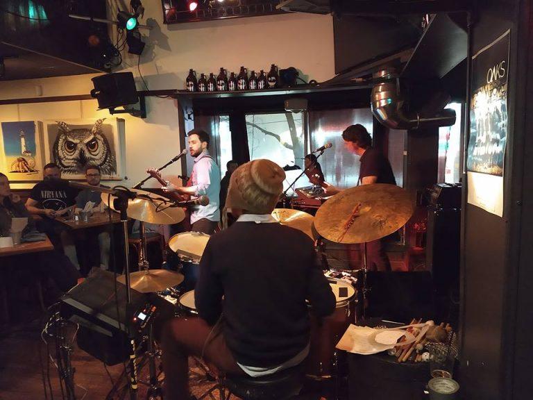 Soirée pop-rock franco: Tremblay et Vanwho au Gambrinus