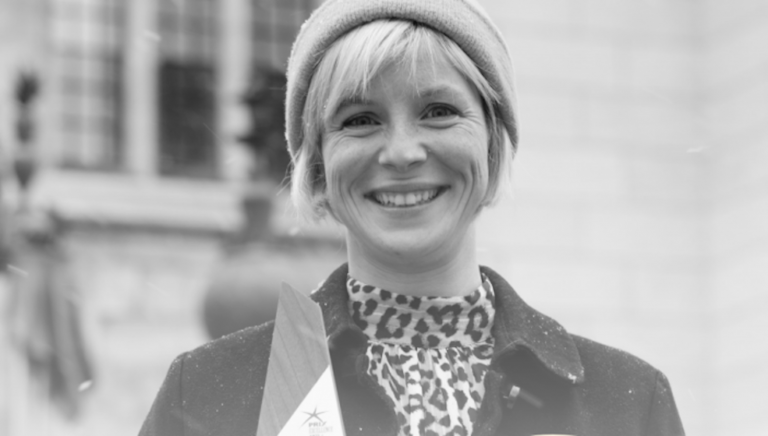 Mois de la poésie / Prix Geneviève-Amyot: la poésie à l'honneur